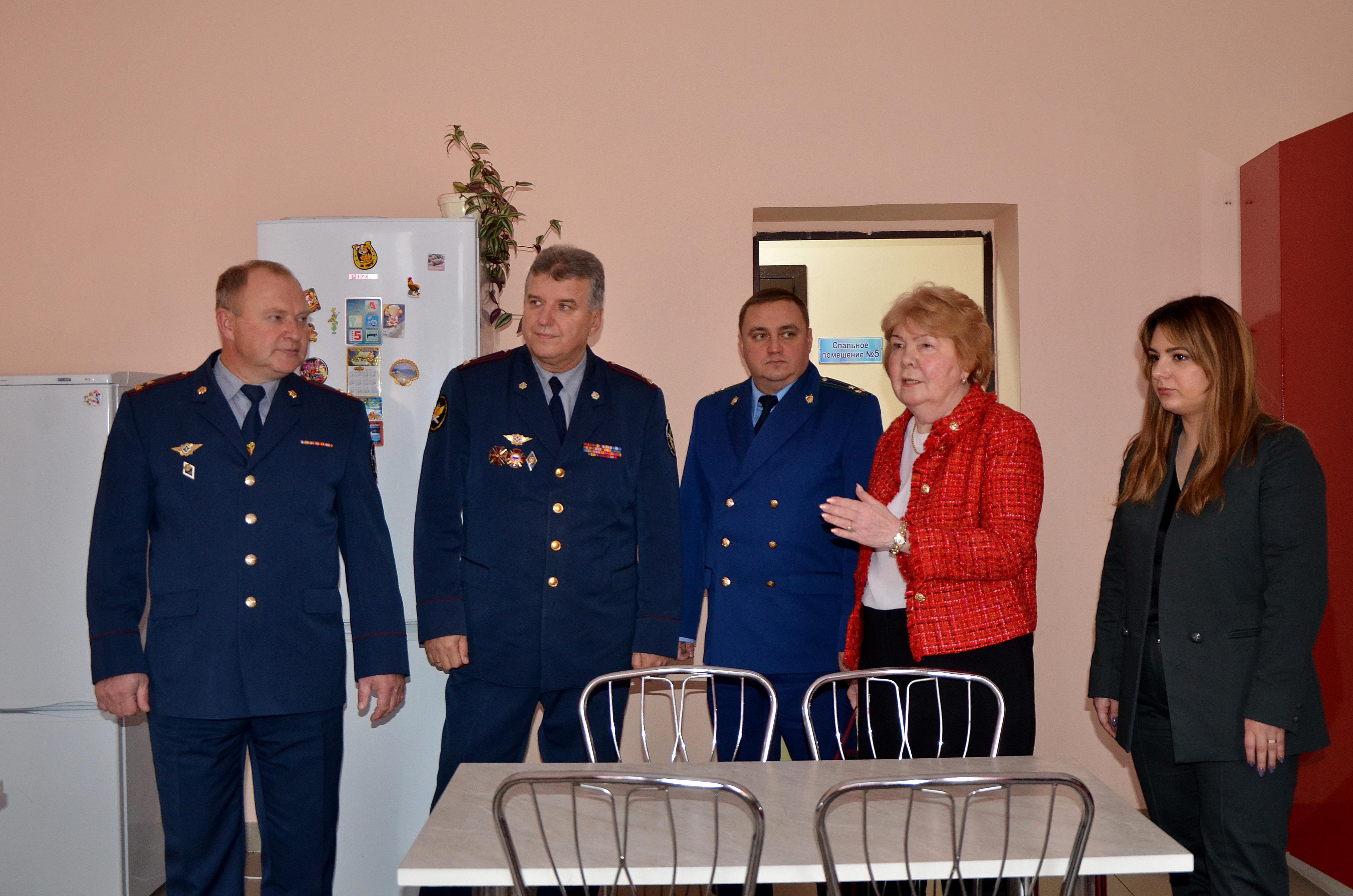 В ходе визита в исправительное учреждение представители Фонда ознакомились с порядком организации работы Центра социально-психологической реабилитации осуждённых